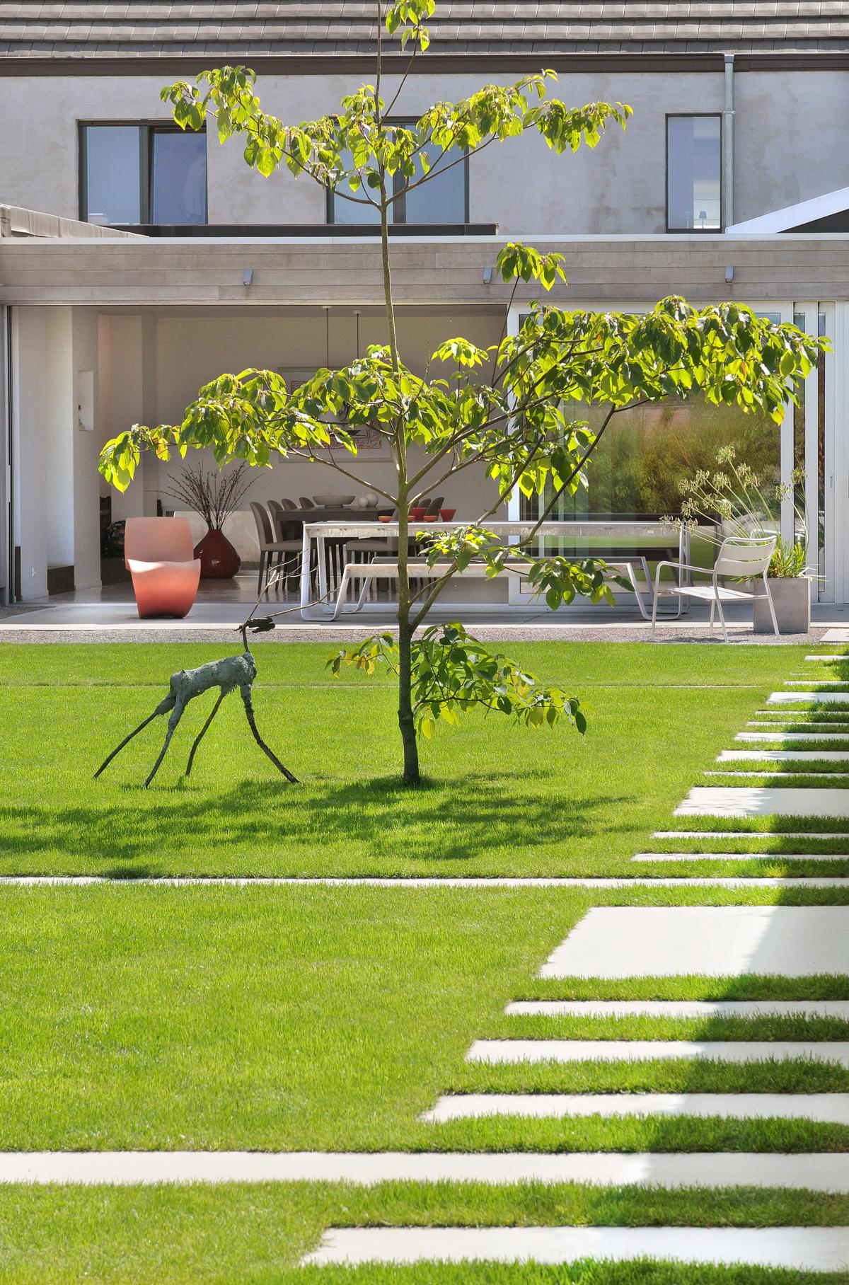 minimalistische tuin te zerkegem