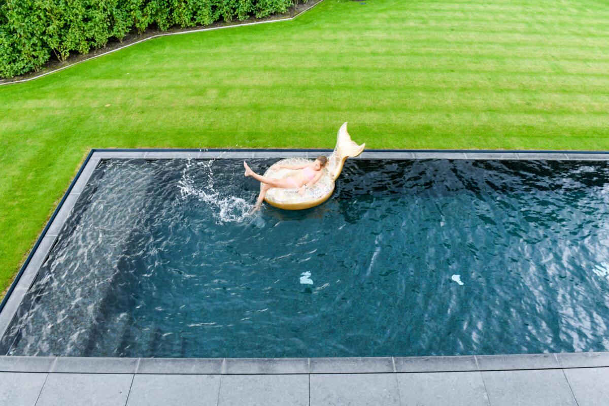 overloopzwembad met homeoffice